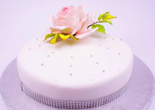 Тематична торта 12 парчета